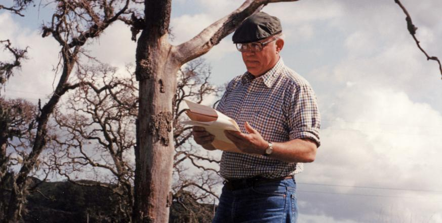 Alan Grundmann at Jasper Ridge in 1992 (photo by Monika Bjorkman)